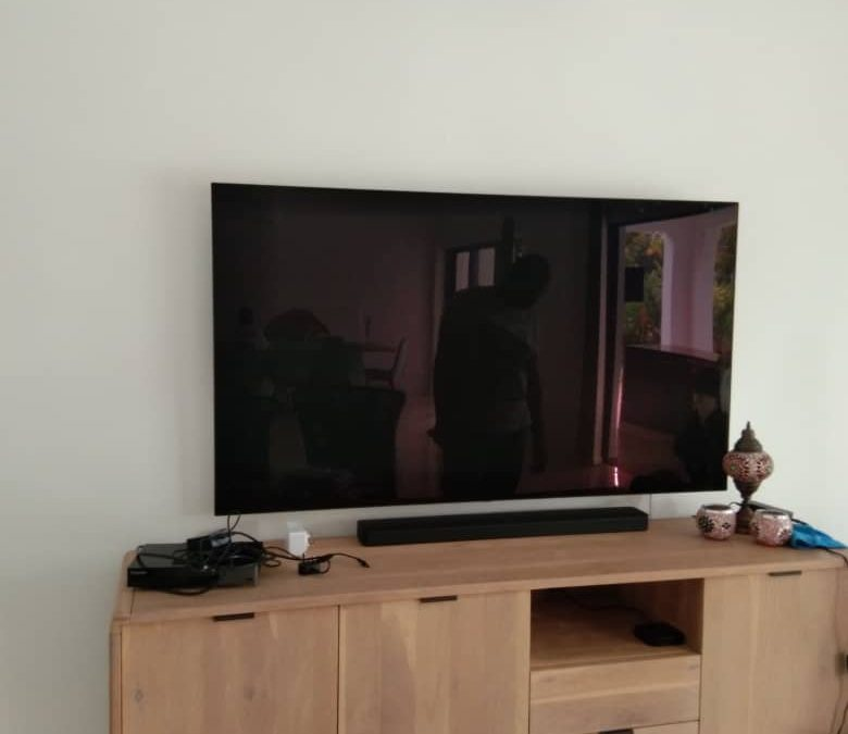 Install Only 50 & 60 Inch TV In Coronation Road